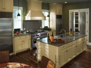 Choosing A Kitchen Painting Contractor & Choosing A Cabinet Painting Contractor in Delaware u0026 Chester County